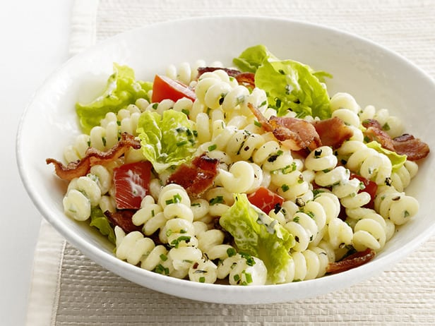 Delish Recipe Find – BLT Pasta Salad