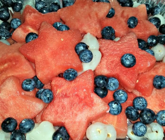 Super Easy to Make Patriotic Fruit Salad