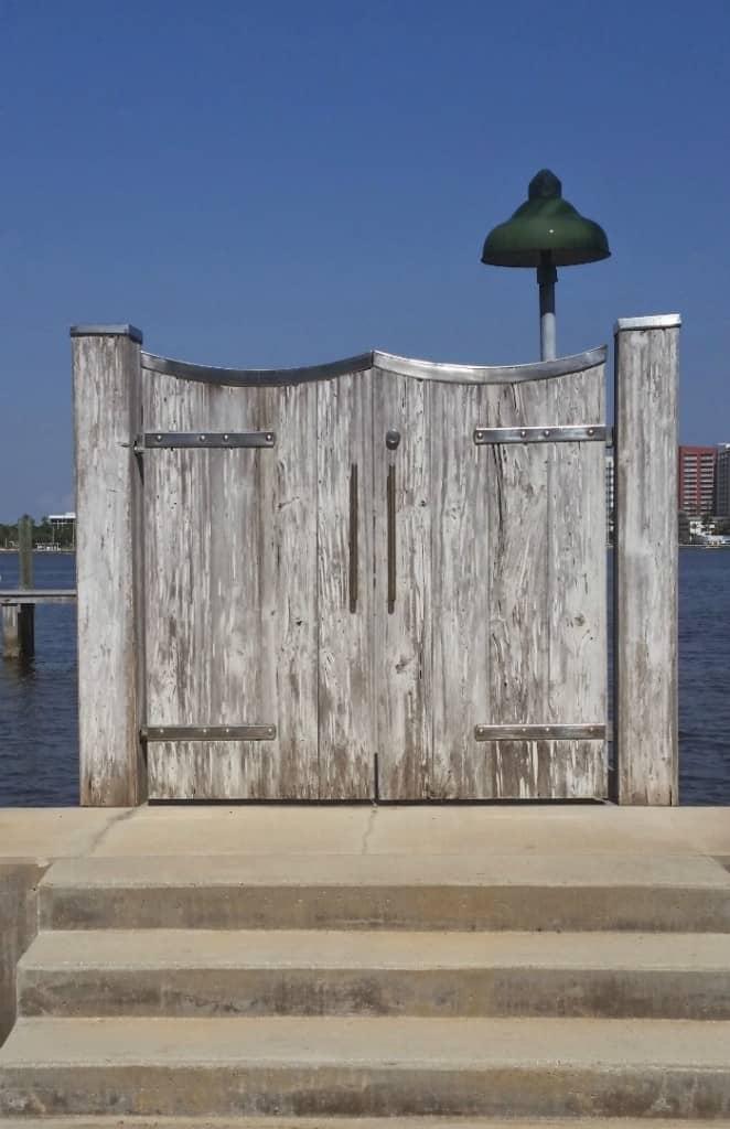 Lake Trail Palm Beach Gate