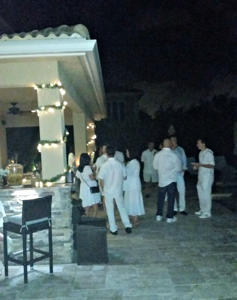 Party People_White Party