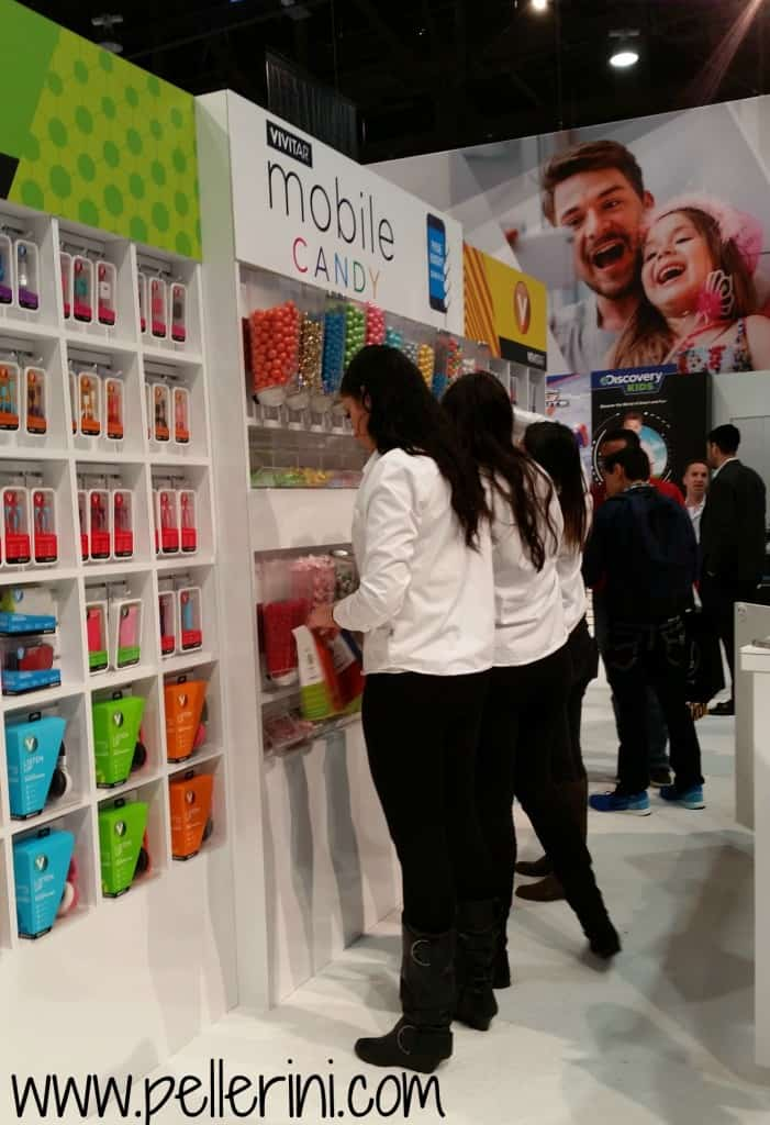 Vivitar Mobile Candy Bar at CES 2016