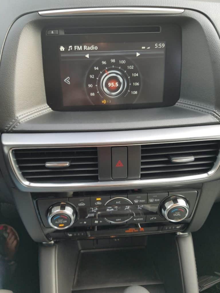 Mazda CX 5 control panel