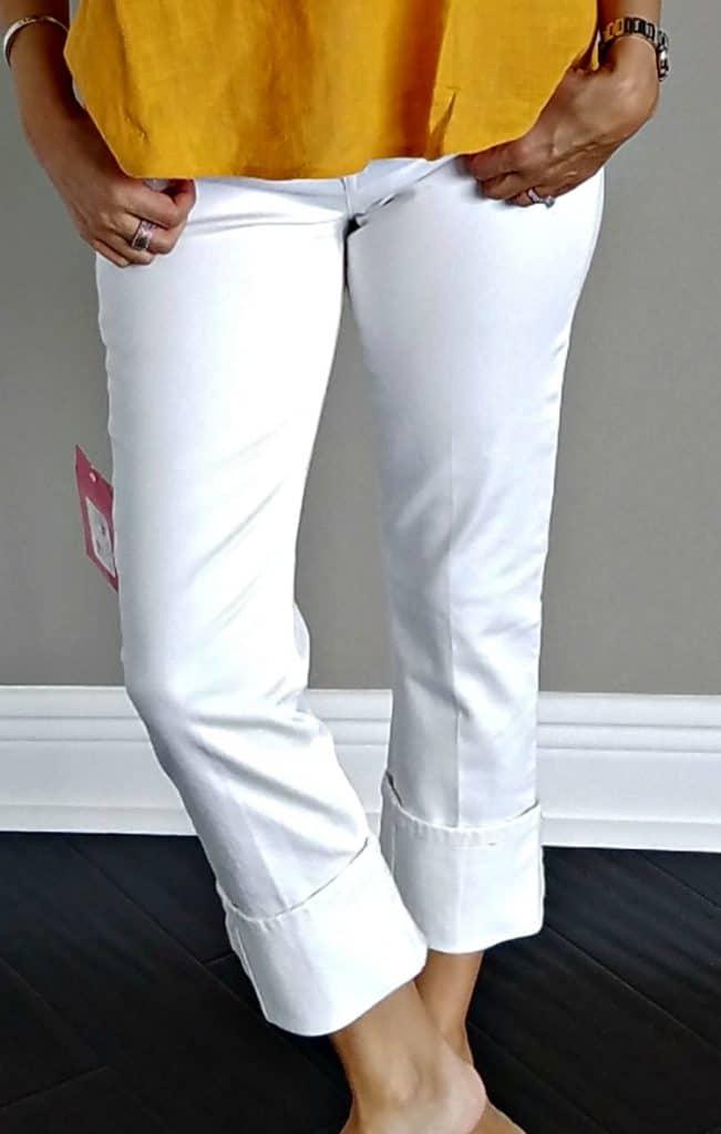 Trendsend Joe's Jeans Spotless Cuffed Crop