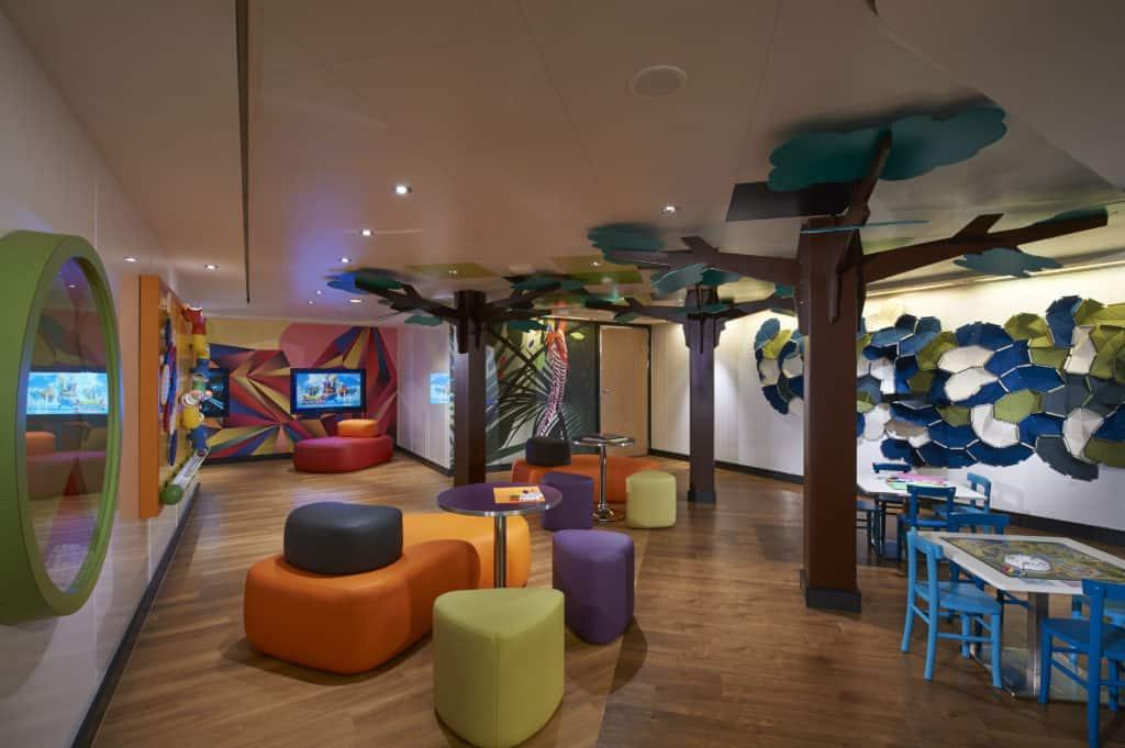 Norwegian Cruise Line Splash Academy Interior