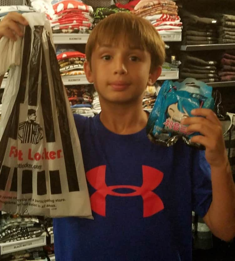 back to school clothes foot locker