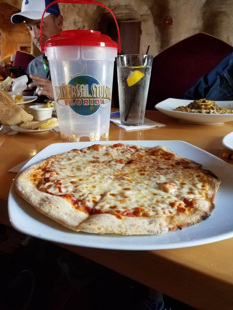 Universal Orlando Mythos Pizza