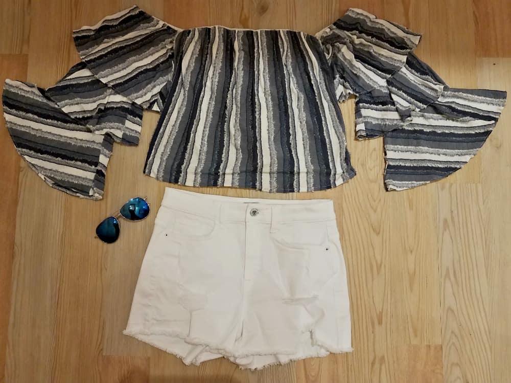 distressed denim fall wardrobe