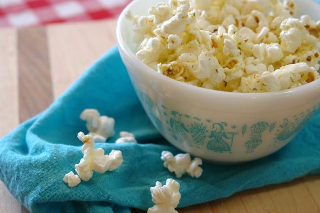 garlic-parmesan-popcorn-2