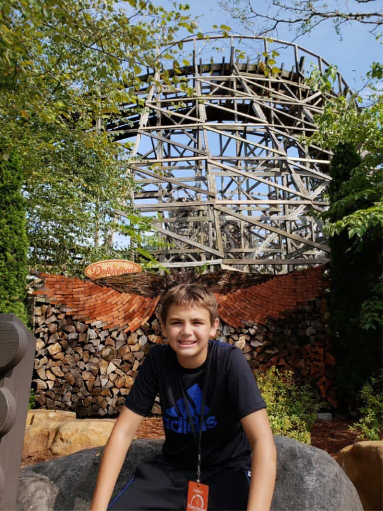 Dollywood Theme Park G and the Thunderhead