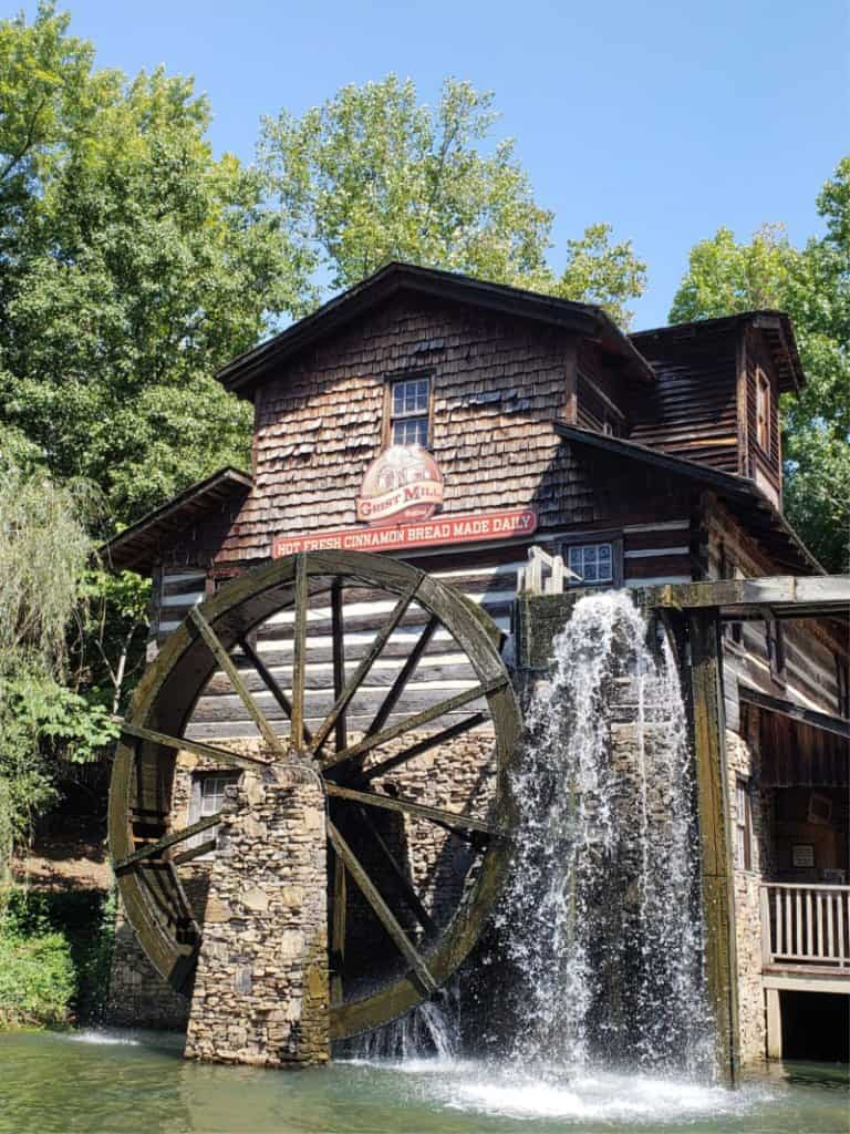 Dollywood Theme Park Grist Mill