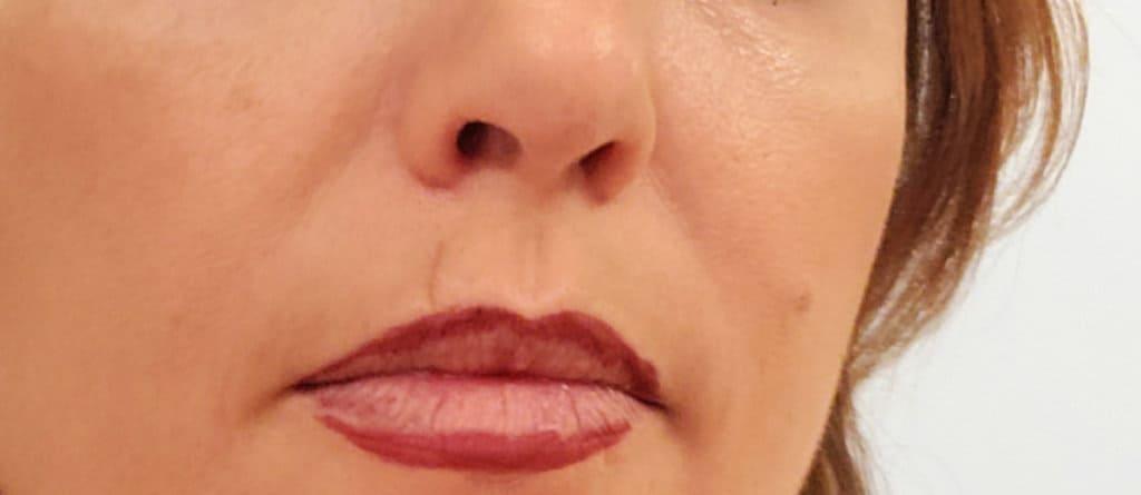 nSpa Daytime Makeup Look lip liner