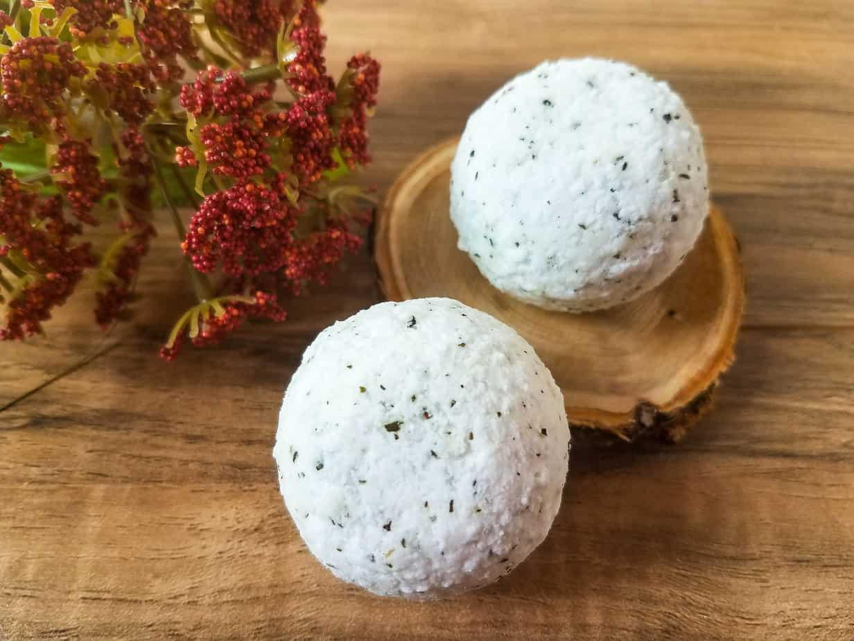 Peppermint and Green Tea DIY Bath Bombs With Essential Oils