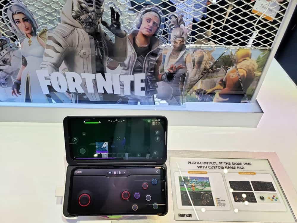 LG Dual Screen Smartphone Fortnite