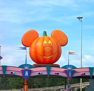 Mickey's Not So Scary Halloween was Not So Bad!!