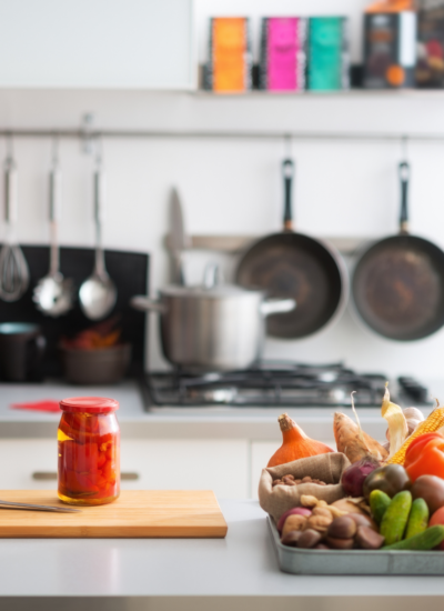 Super Simple Kitchen Hacks Every Mom Needs to Know